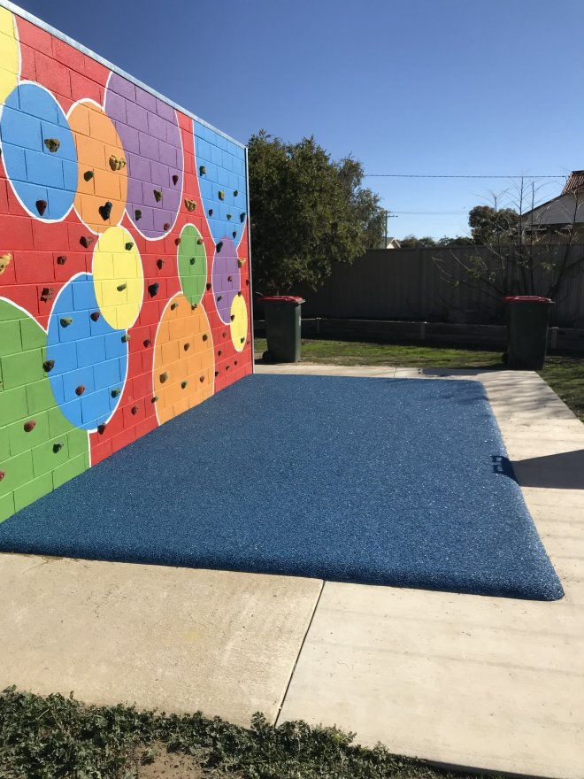 Climbing_Wall_Soft_Fall-_Country_Primary_School